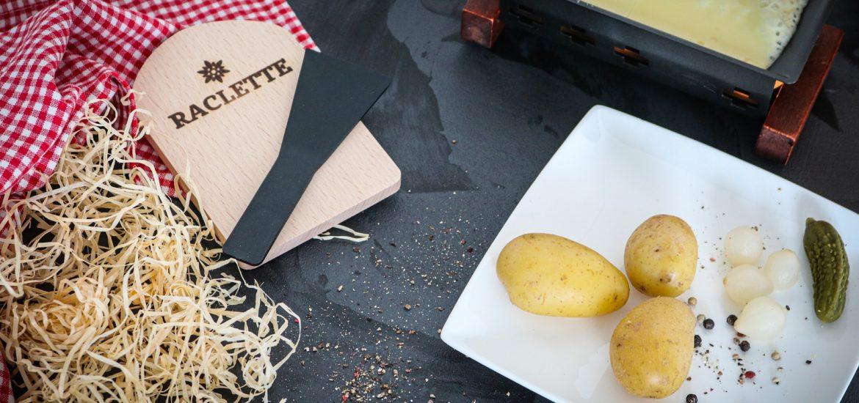 raclette et ses accompagnement